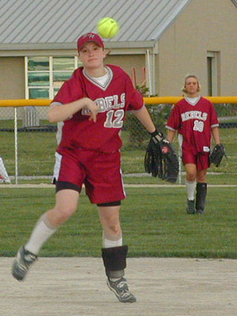 SN Softball vs FC 2001