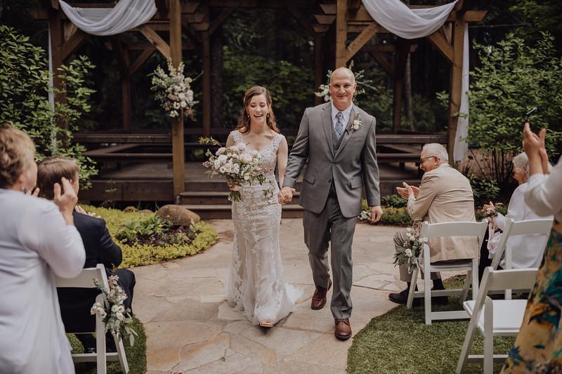 2018-05-12_ROEDER_JulieSeth_Wedding_ROEDER1_0140.jpg