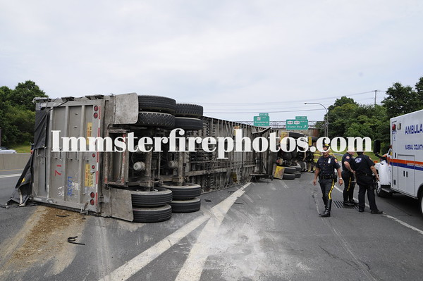 JERICHO FD OVERTURNED TRACTOR TRAILER 8-6-09