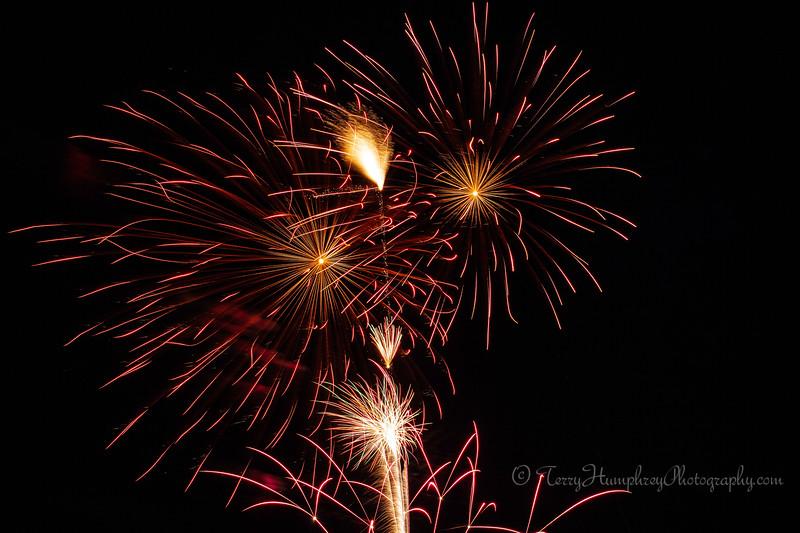 2019 Paradise Fireworks-115.jpg