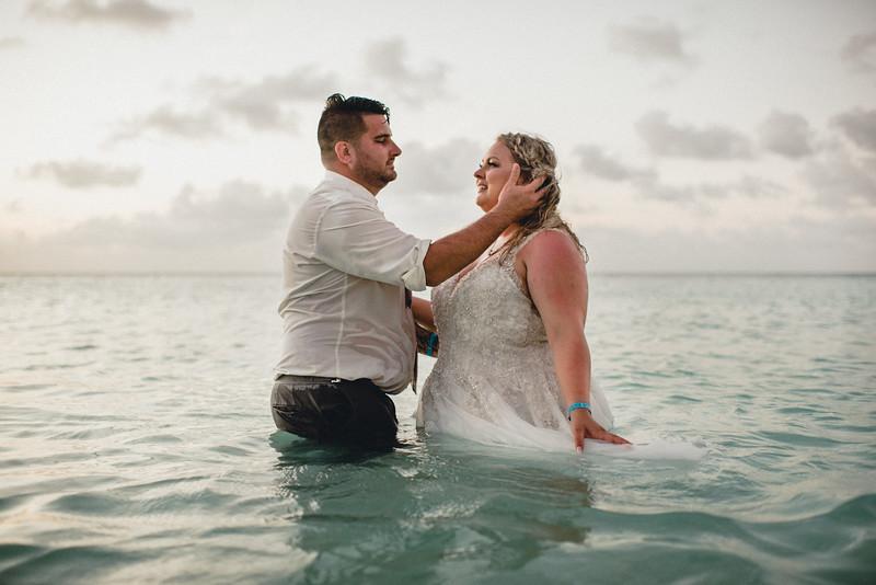 Requiem Images - Aruba Riu Palace Caribbean - Luxury Destination Wedding Photographer - Day after - Megan Aaron -54.jpg