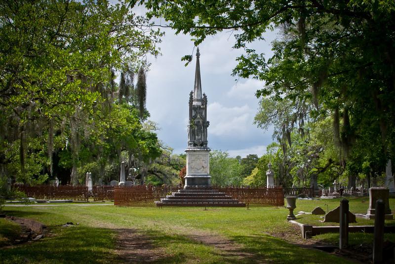 Charleston 201304 Magnolia Cemetery (15).jpg