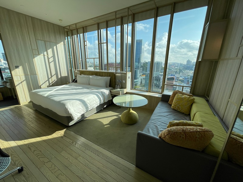 ParkRoyal Pickering Signature Room At Its Magnificent