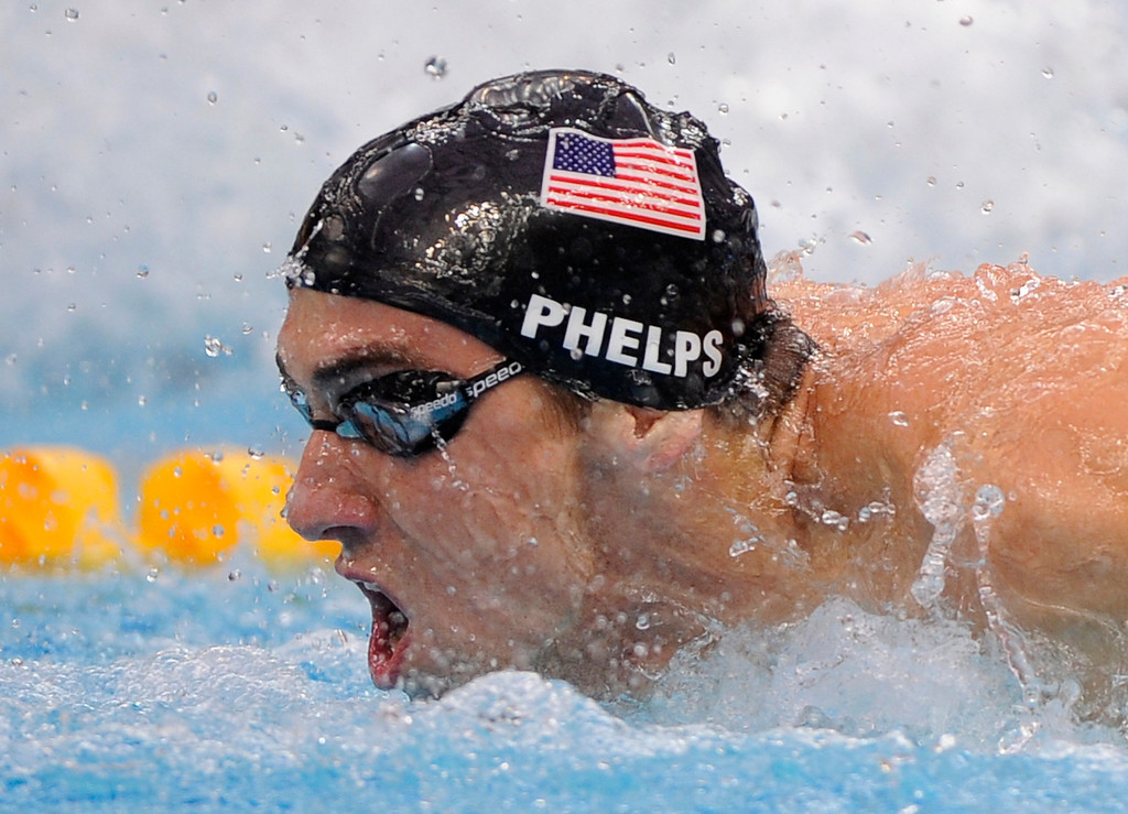 . United States Michael Phelps swims to the gold in the men\'s  4x100-meter medley relay final during the swimming competitions in the National Aquatics Center at the Beijing 2008 Olympics in Beijing, Sunday, Aug. 17, 2008. (AP Photo/Mark J. Terrill)