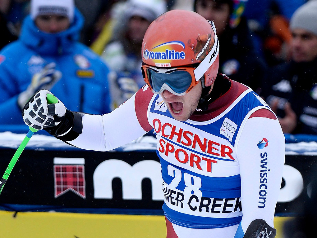 . Patrick Kueng, of Switzerland, reacts to his time at the finish line during the men\'s Super-G race at the FIS Alpine Skiing World Cup in Beaver Creek, Colorado, USA, 07 December 2013.  EPA/JOHN G. MABANGLO