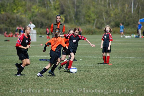 2009-09-20 Girls Soccer - South Portland Strikers vs Biddeford