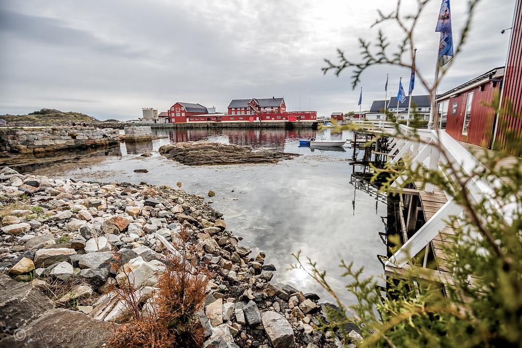 Norway pictuers - Henningsvar Lofoten Islands - Lina Stock