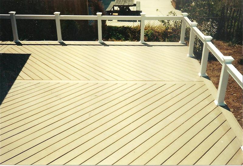 12 22 10 deck 001.jpg