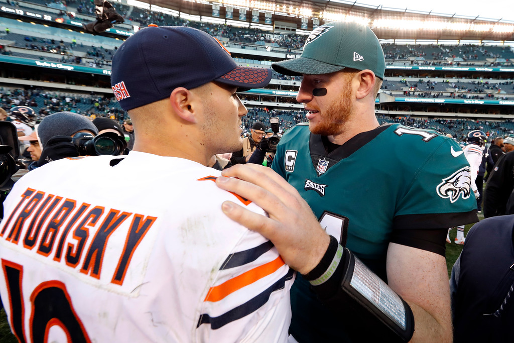 . Philadelphia Eagles\' Carson Wentz, right, and Chicago Bears\' Mitchell Trubisky meet after an NFL football game, Sunday, Nov. 26, 2017, in Philadelphia. Philadelphia won 31-3. (AP Photo/Chris Szagola)