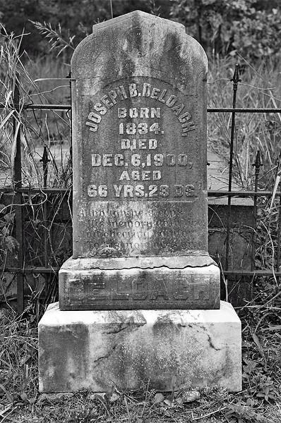 Old Creepy Graveyard