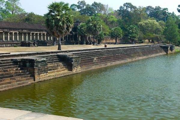 Angkor Wat. Interior bank of 3.6 kilometres (2.2 mi) moat.