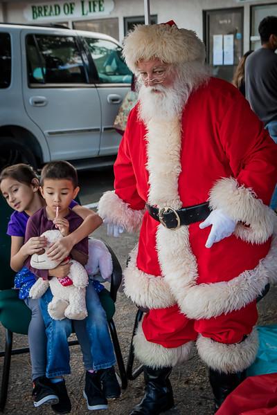 BOL_Santa_Visit-135.jpg