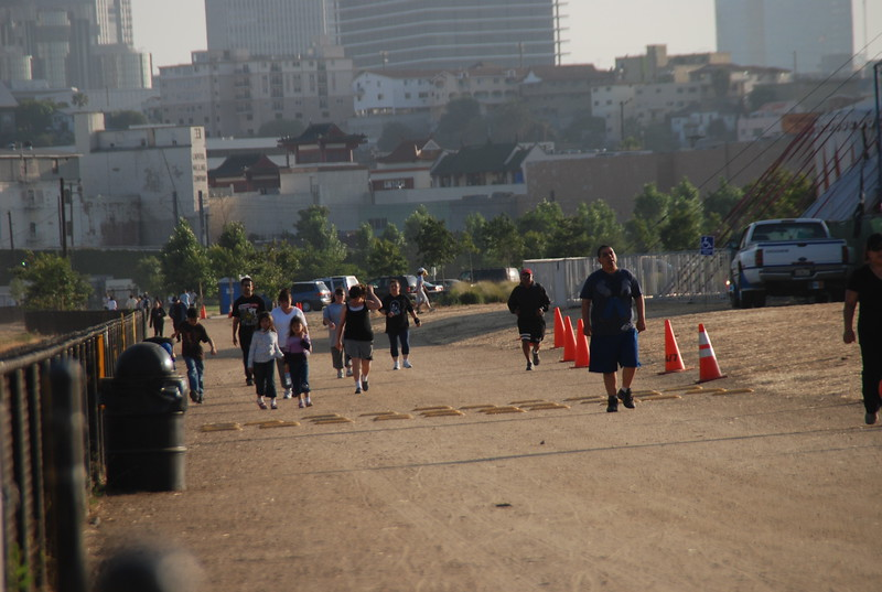 2009-06-24_Exercisers_0011.JPG