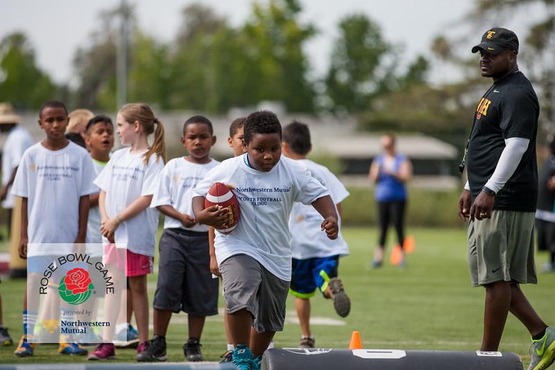 2015 Rosebowl Youth Football Clinic_0250.jpg