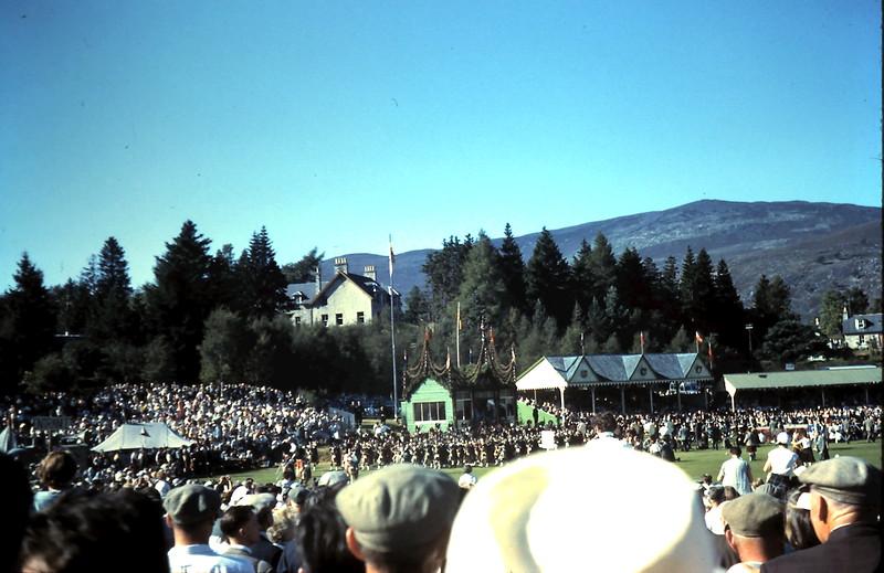 1959-9-10 (23) Highland gathering @ Bramear, Scotland.JPG