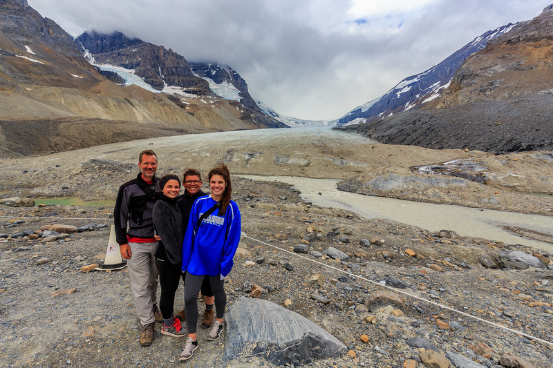 Motley Crew And The Katabatic Wind @ Athabasca Glacier
