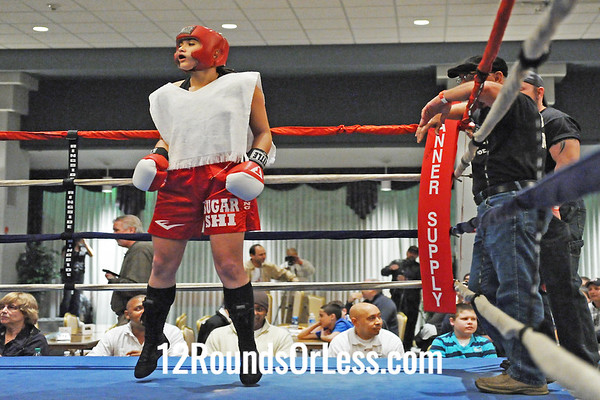 Bout #1 Shianne Gist, Borgs Boxing -vs- Christy Lacy