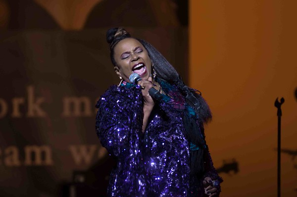 Betty Wright 170113 (Redondo Beach Center For Performing Arts)