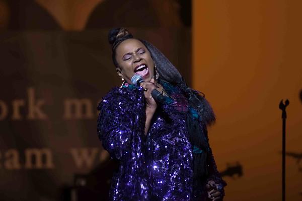 Betty Wright 170113 (Redondo Beach Center For Performing Arts)
