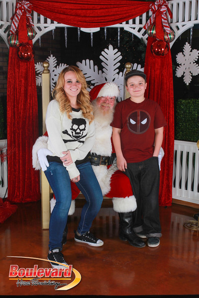 Santa 12-17-16-290.jpg