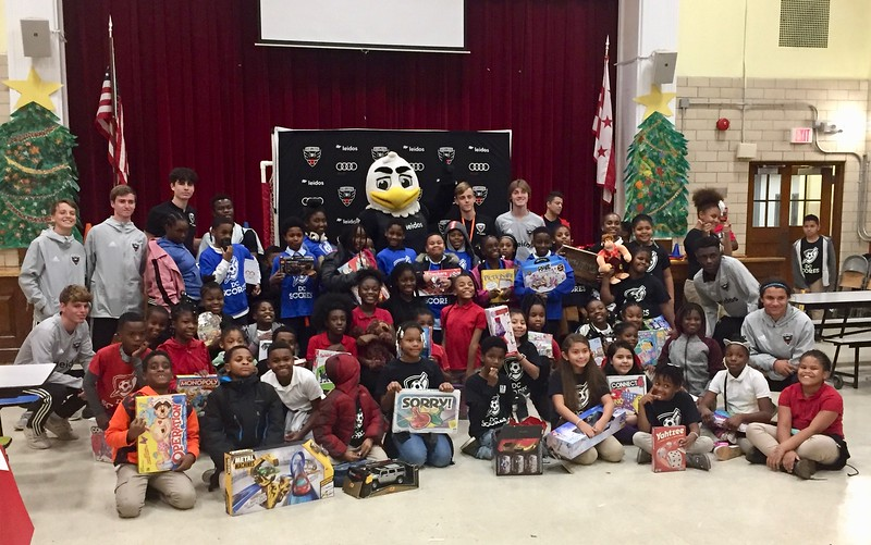 Holiday Party at Smothers Elementary