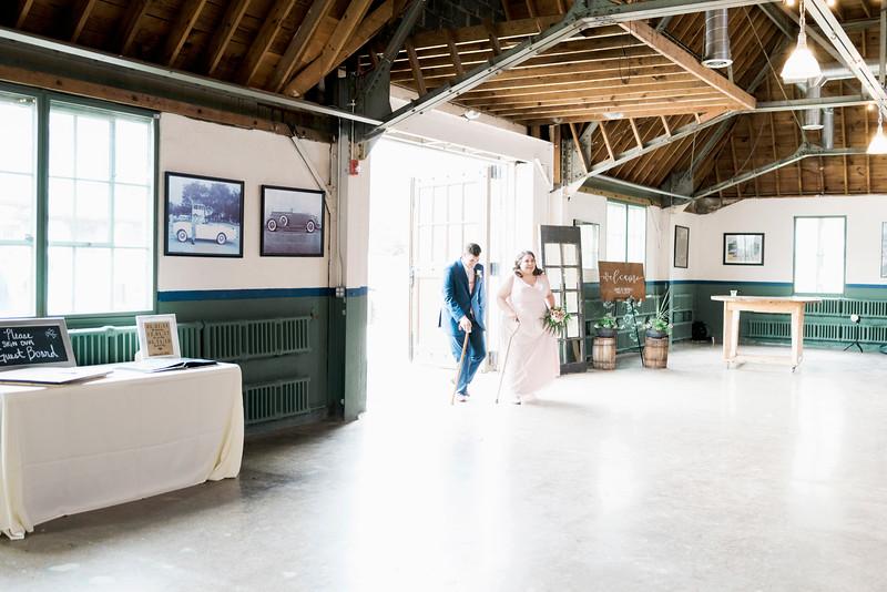 jamie-matt-wedding-at-packard-proving-grounds-intrigue-photography--487.jpg