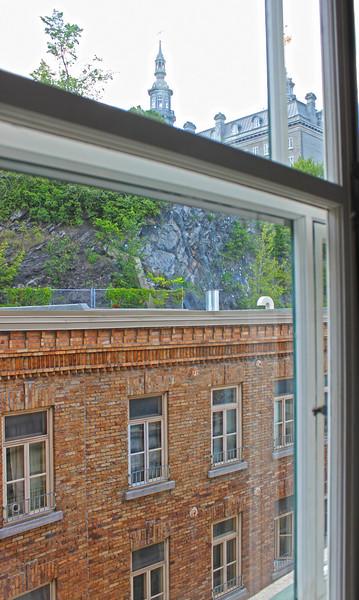 QuebecCity-Hotel-LeSaintPierreAuberge-05.JPG