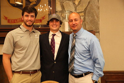 Blake Lowenberg signs with University of Montevallo