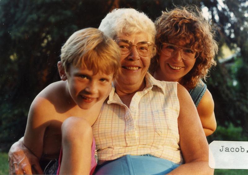 Grandma175.jpg