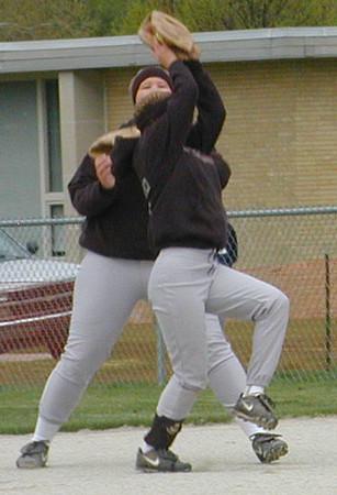 SN Softball vs CC 2002
