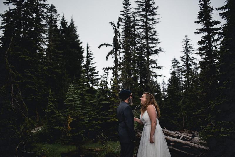 Travel Adventure Wedding Photographer - Mt Rainier - Rose-19.jpg