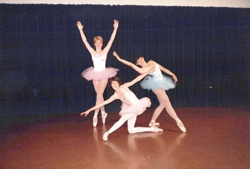 Dance_0528_a.jpg