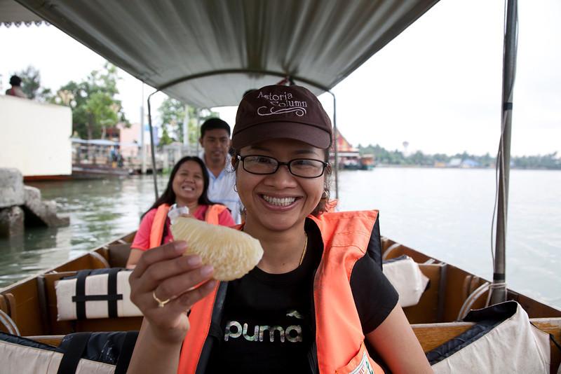 puu_boat.jpg
