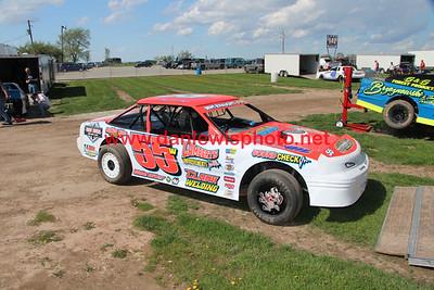 052519 141 Speedway