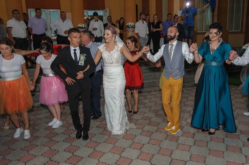 Petrecere-Nunta-08-18-2018-70702-DSC_1500.jpg