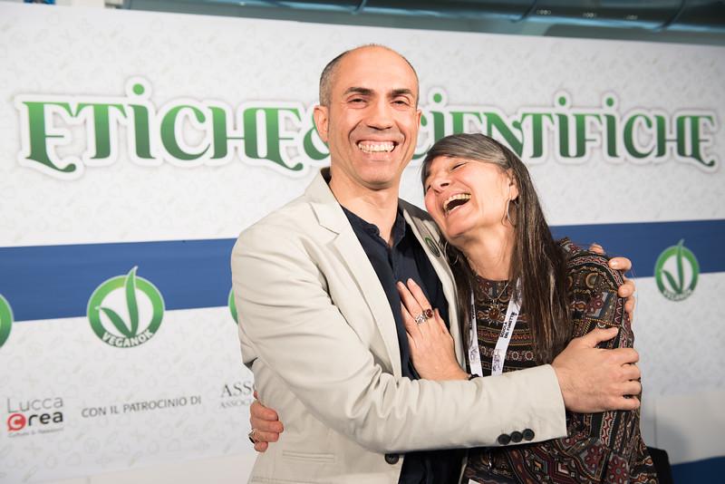 lucca-veganfest-conferenze-e-piazzetta_3_000.jpg
