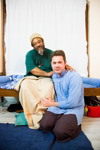 20160323_Moments with Mooji_meeting about sharing satsang_130.jpg