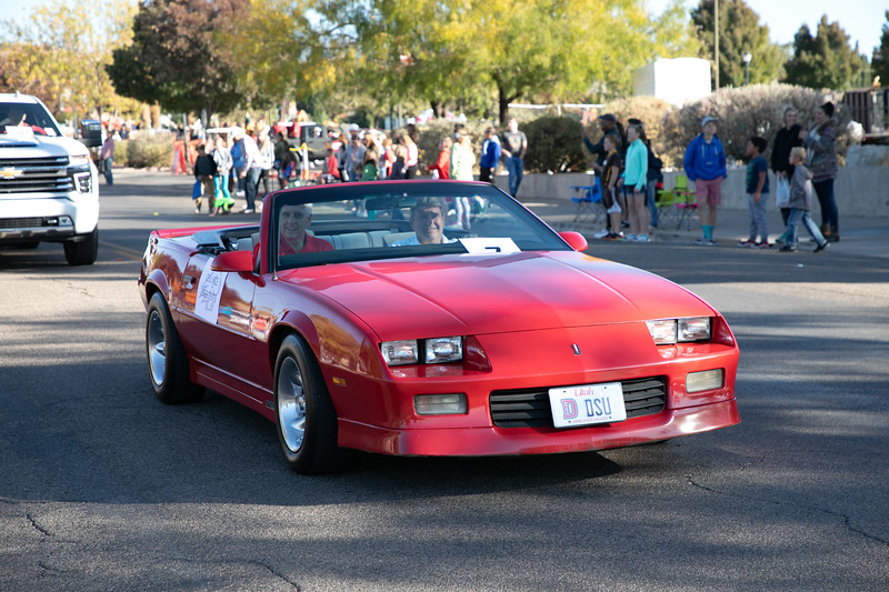 HOMECOMING PARADE 2019-1142.jpg