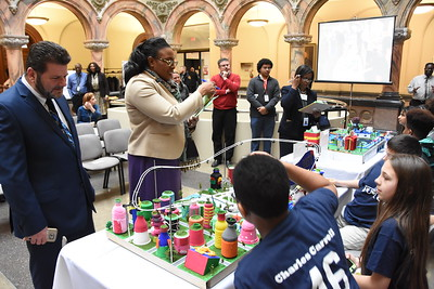 Mayor greets Future City Competition finalists. 2/28/2017