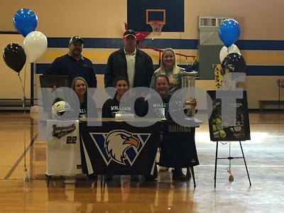 softball-chapel-hills-mayfield-signs-with-williams-baptist
