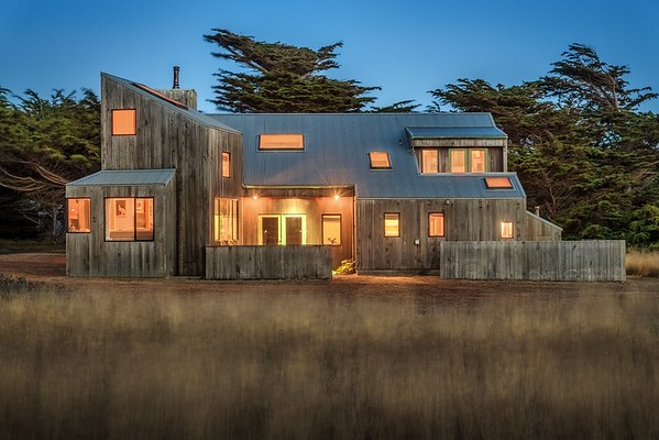 Munger House by Donlyn Lyndon, Sea Ranch