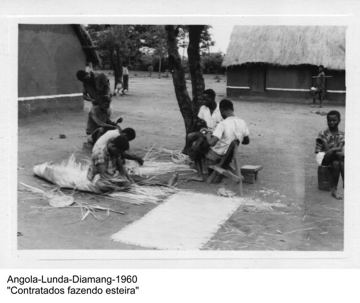 1960 -contratados fazendo esteira