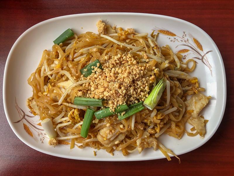 Pad thai at Thai Thai in Lakewood