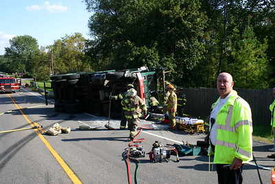 Garbage Truck Rollover Spackenkill Road - Sept. 22, 2008