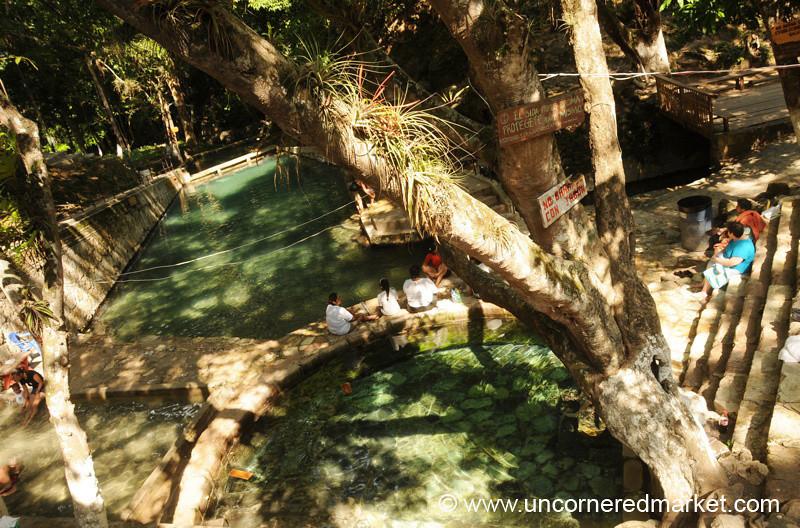 People Balneario Hot Springs - Gracias, Honduras