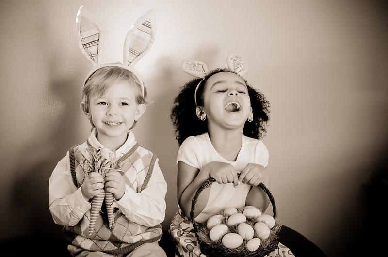 Easter_Elliott and Nevaeh -8866.jpg