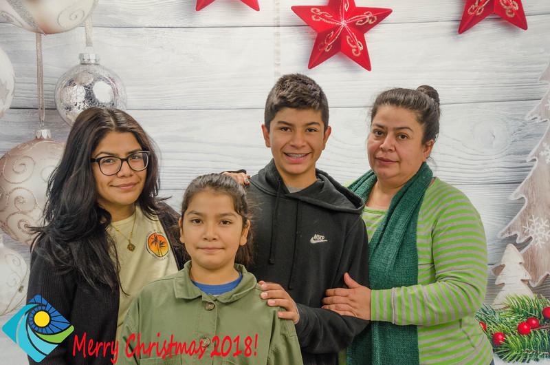Christmas Photobooth 2018 Sunday-171.jpg