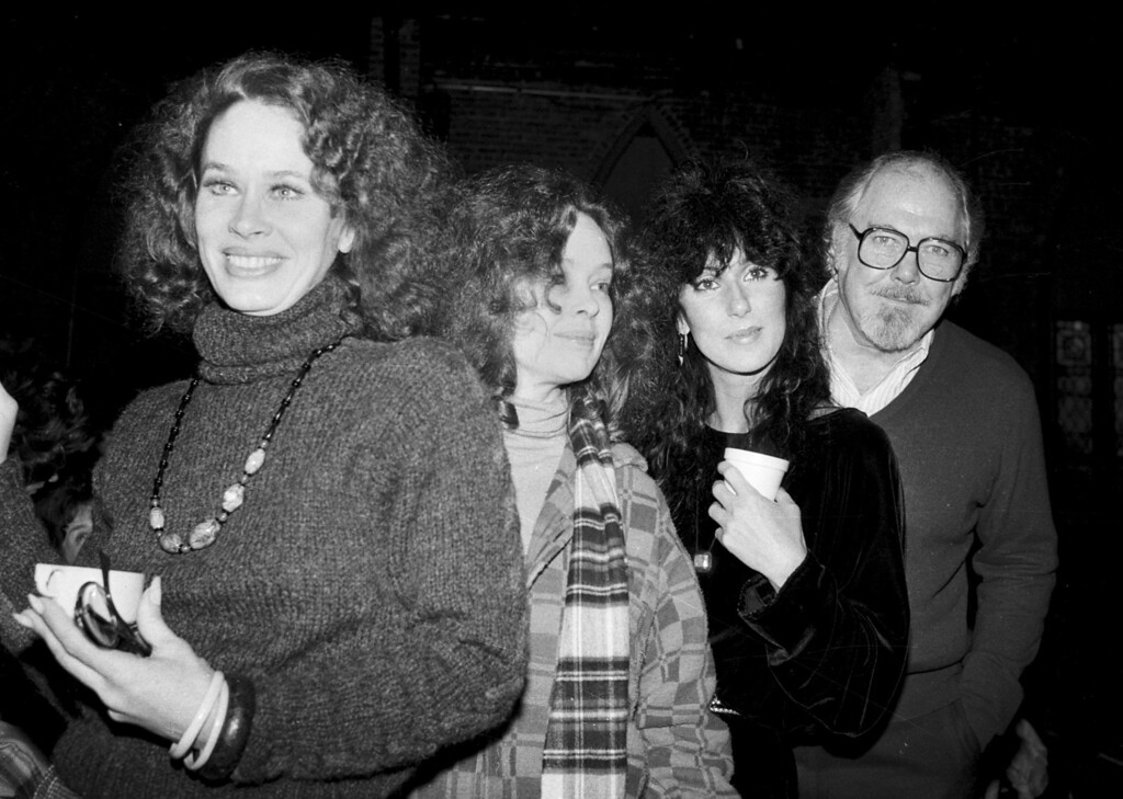 """. Director Robert Altman, right, poses with actresses, from left, Karen Black, Sandy Dennis and Cher in New York City, Monday, Dec. 29, 1981.  They are starting rehearsals for a Broadway-bound play \""""Come Back to the Five and Dime, Jimmy Dean, Jimmy Dean.\""""  (AP Photo/Marty Lederhandler)"""