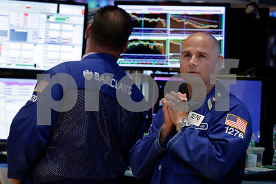 update-us-stocks-extend-losses-as-early-rally-fades