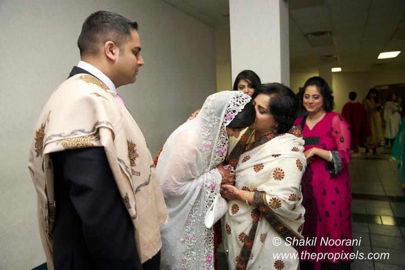 Naziya-Wedding-2013-06-08-01826.JPG